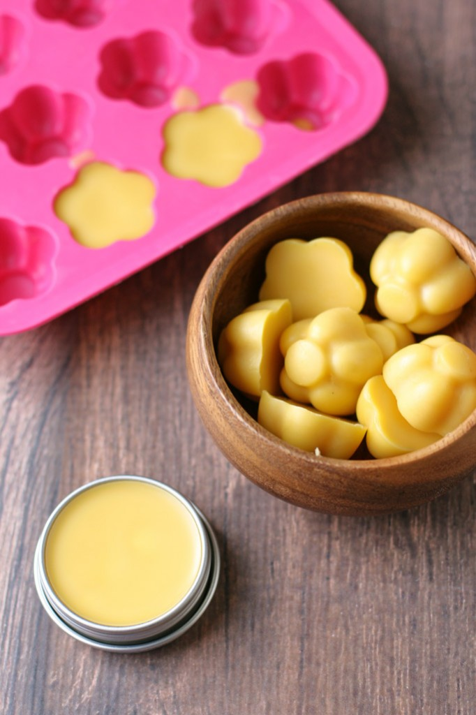 Use the same two primary ingredients to make 3 stretch mark remedies for growing pregnant bellies; a whipped body butter, belly oil, and hard lotion bars!